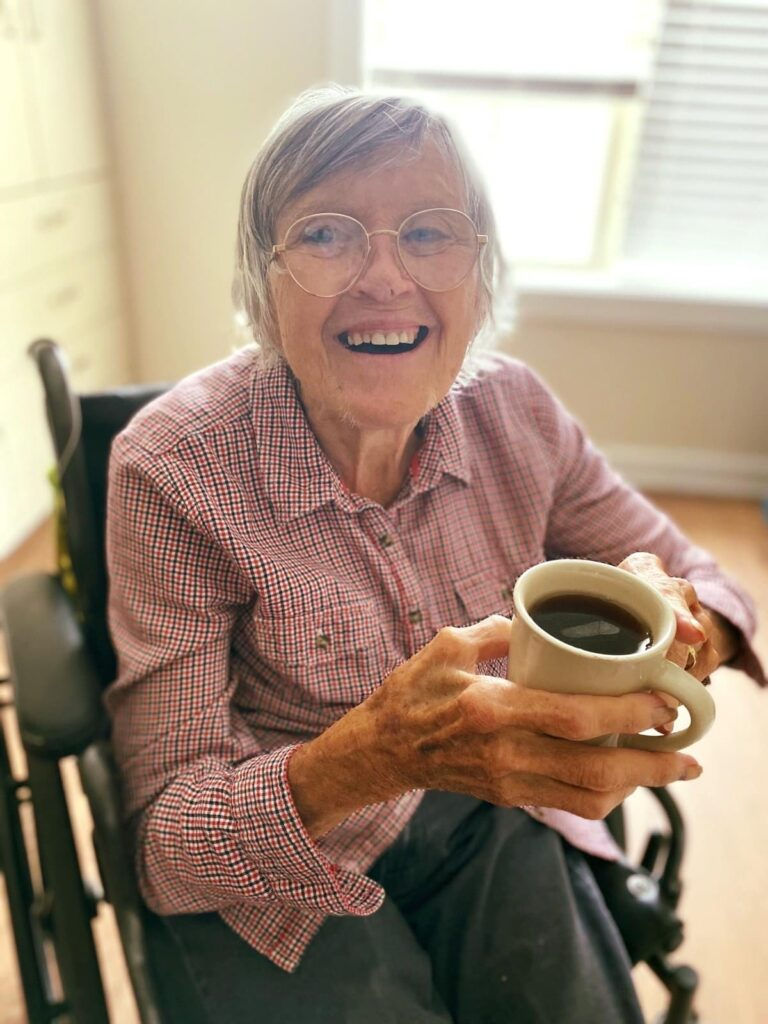 Residents enjoy a delicious and nutritious dining program at Autumn Village